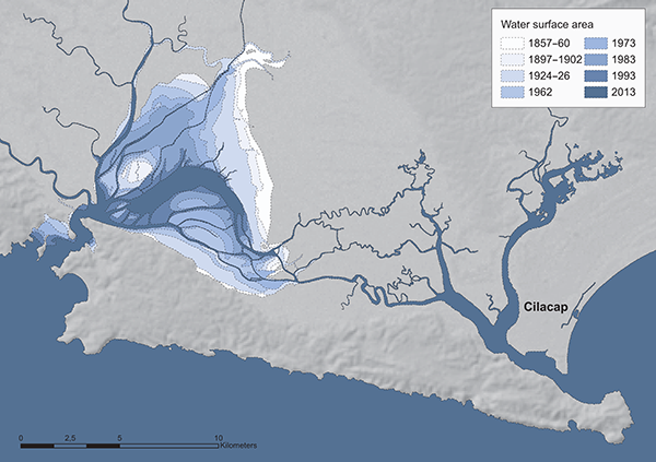Figure 10. The reconstructed historical lagoon shorelines illustrate the siltation process between 1857/60 and 2013. Base map: SRTM (Shuttle Radar Topography Mission), available from the USGS. Reconstructed shorelines based on maps and satellite images listed in Tables 1 and 2.